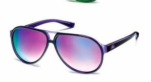 Lacoste lança óculos de sol fosforescentes